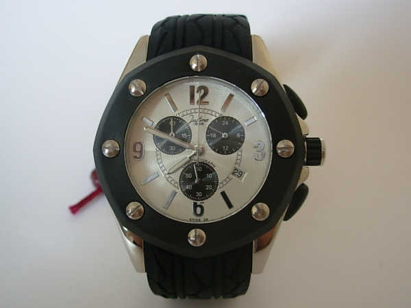 relógio homem suiço